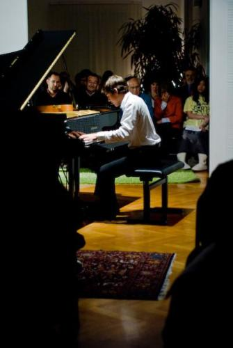 Aaron Pilsan concert at premises of Musikvermittelt, Wien Hietzi
