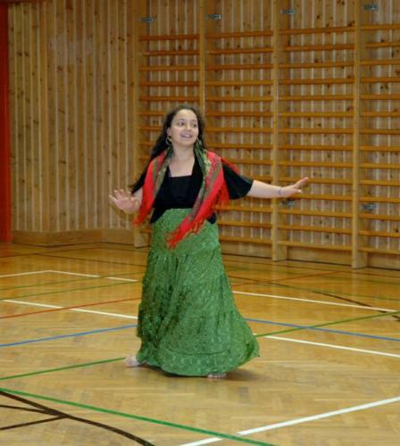 webSamira tanzt
